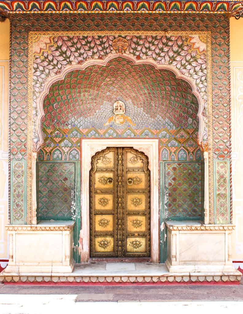 Colorful doorway in the city palace. Jaipur India. Things to do in Jaipur.