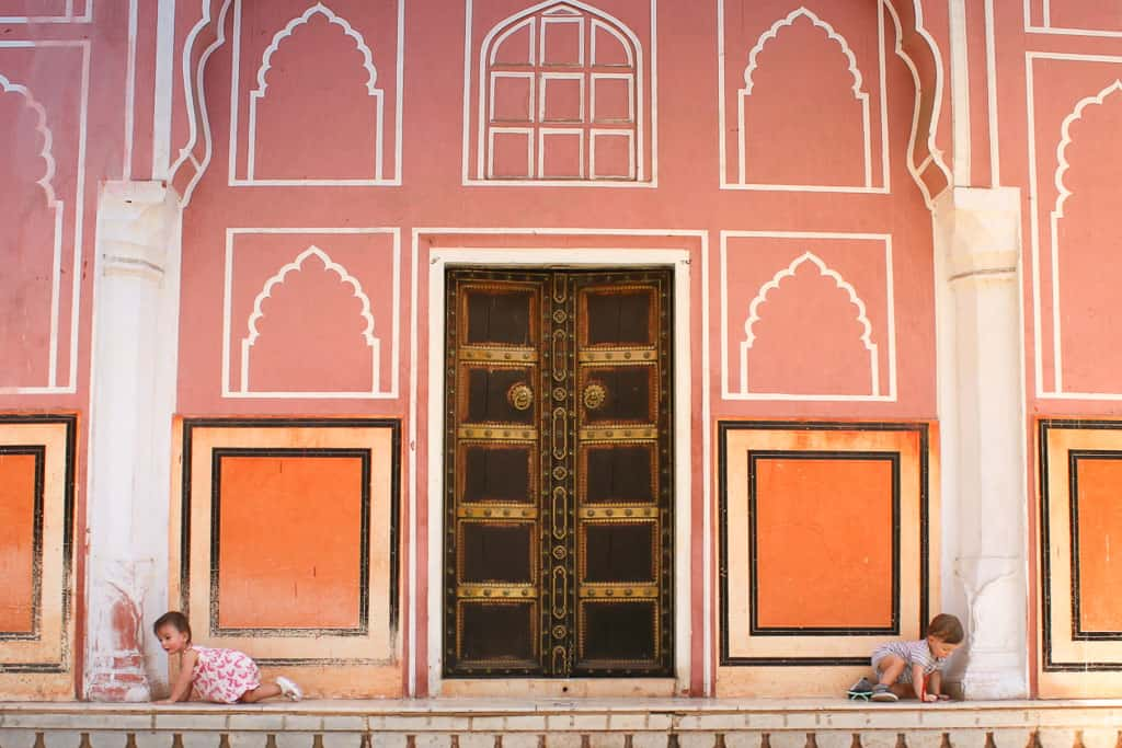 crawling babies explore the city place in Jaipur, India. Jaipur palace. Things to do in Jaipur