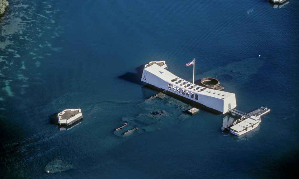 Aerial view of USS Arizona Pearl Harbour memorial. Kid friendly things to do in Oahu.