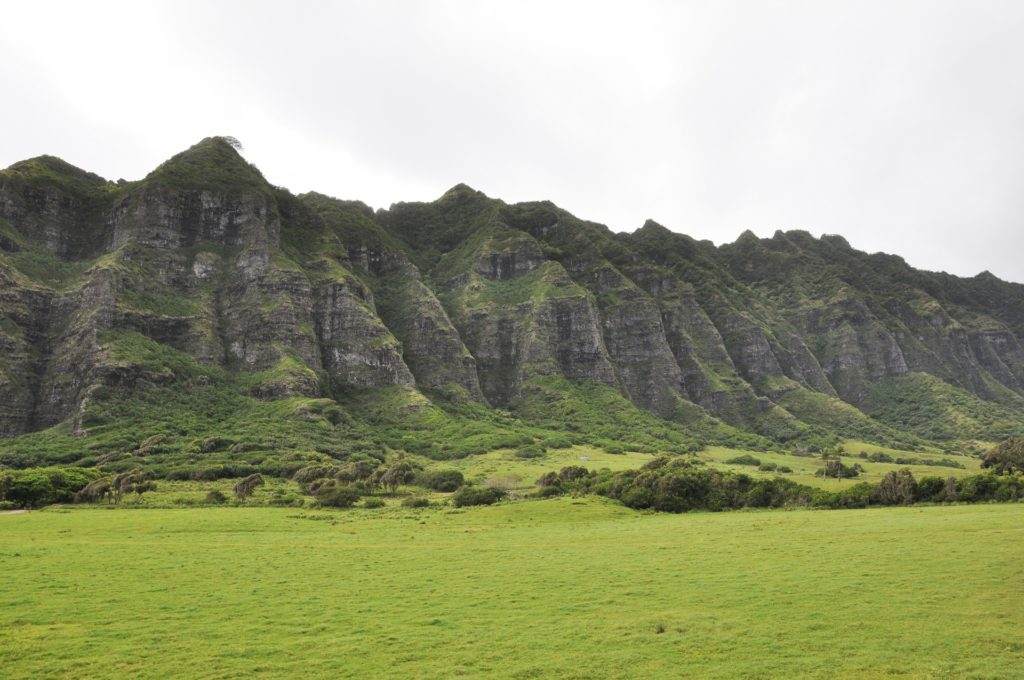 Beautiful Ko'Olau Mountain range on windward Oahu. Must see in Oahu.