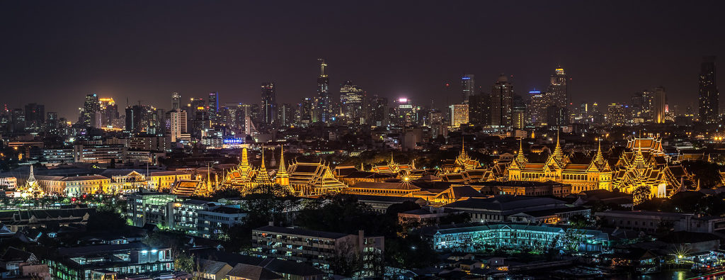 Because of it's affordability and surplus of fun family friendly things to do, Bankok is one of the best places to visit with kids.