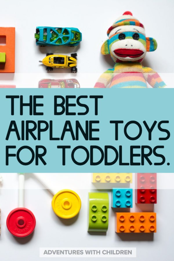 Airplane toys for toddlers that will actually fit in your bag. Find out why you should always pack toys in your carry on and which ones are best! ...........#familytravel #adventureswithchildren #travelwithtoddler #travelwithkids #showthemtheworld #flyingwithbaby #flyingwithtoddler #packingtips #travelwithchildren