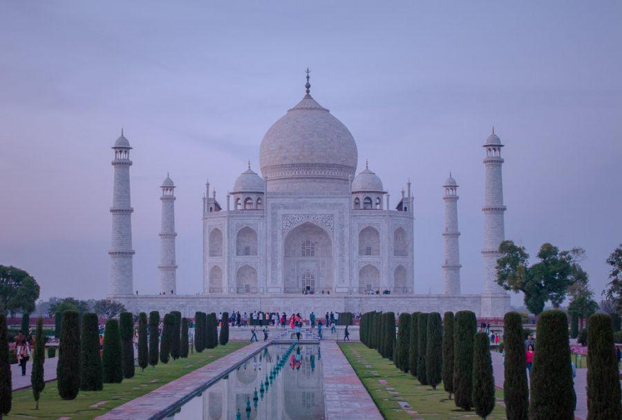 Taj mahal at blue hour right before closing